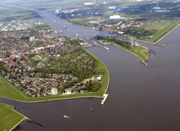 205_Elbe_aerial_view